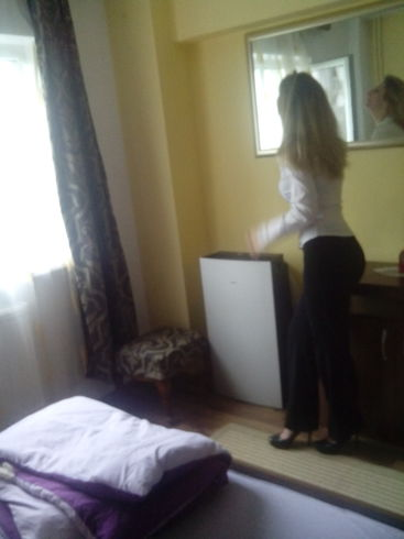 Theodora Daniela Sara, romanca, 33 de ani, blonda si tandra