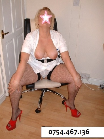 ELENA, doamna matura, 43 ani, ofer companie intima