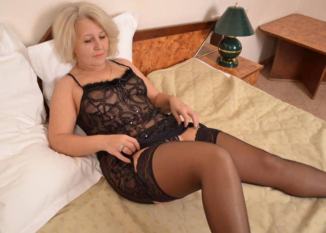 photo porno mature escorte sannois