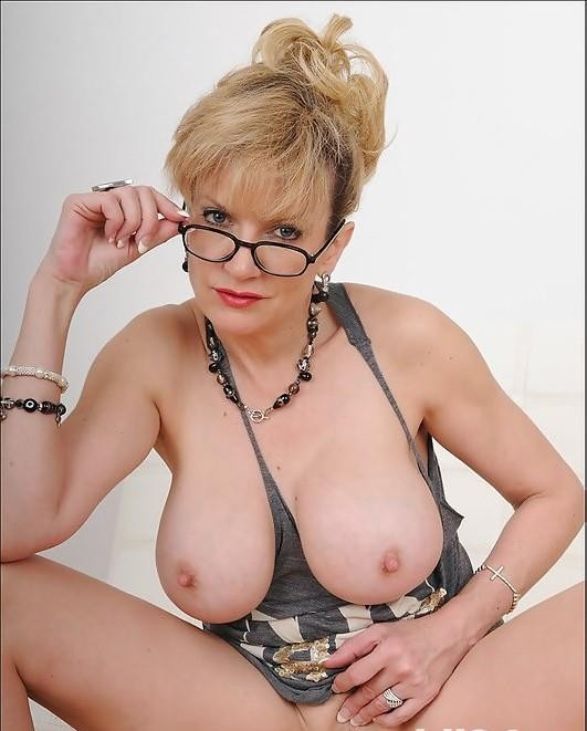 !!!!!Blonda Provocatoare 38 ani!!!!!