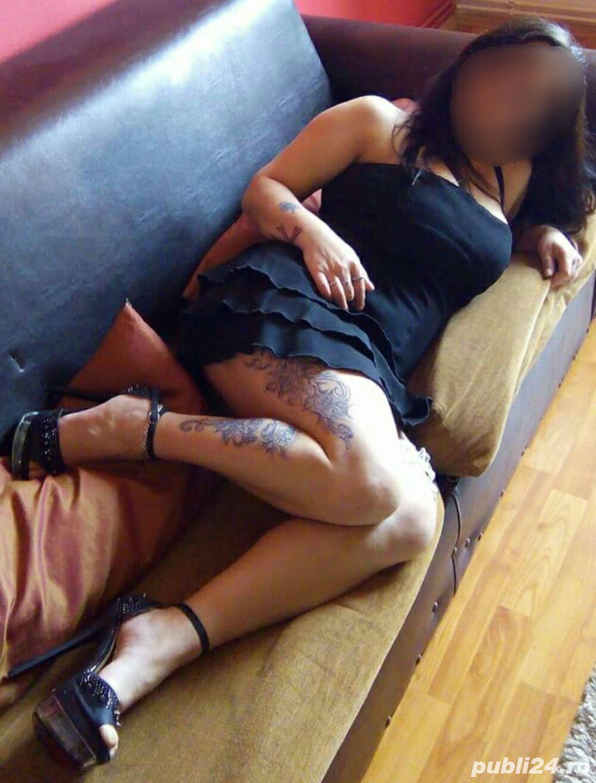 Tanara domnisoara execut masaj erotic pentru domni seriosi intr-un ambient foarte placut