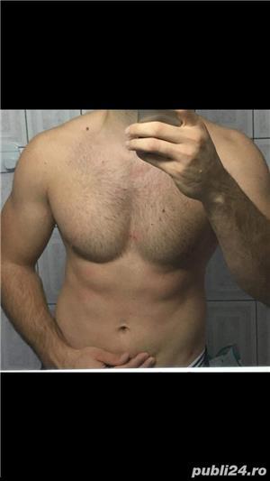 Escorte Mature: NOW NOW Doi barbati stilati pregatiti de a oferii companie barbatilor pasivi si doamnelor dornice